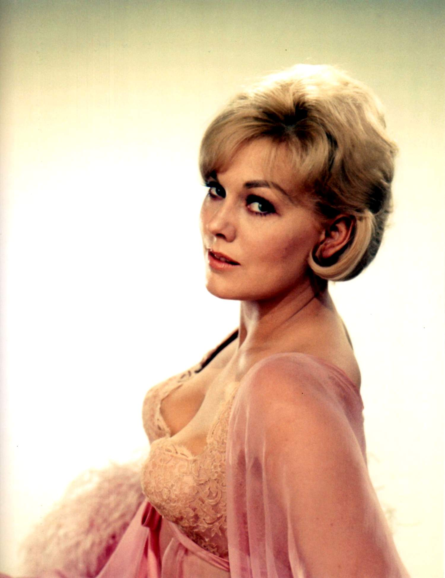 kim novak naked   hot girls wallpaper
